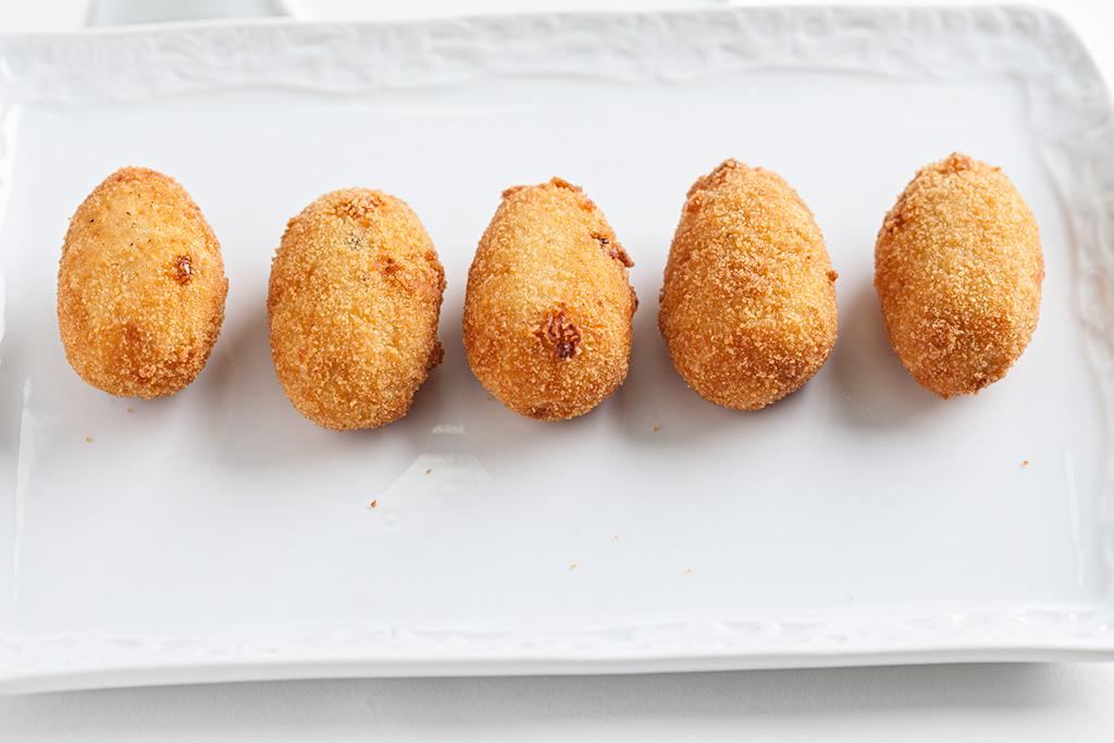 Croquetas de boletus Edulis con torta del Casar